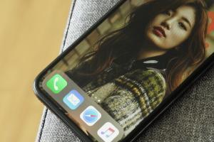 三星糗了?iPhone X、Note 8「烙印」對決,蘋果大勝
