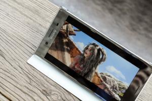 4K 螢幕、1,200 萬雙鏡頭!Sony 傳 2 月底發表雙旗艦機