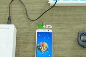 5分鐘充滿快一半電量!華為發表快充新技術將可用於手機、筆電