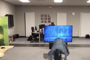 (影音)蘋果「ARKit」可以做什麼?讓家裡電視上演真實版《七夜怪談》!