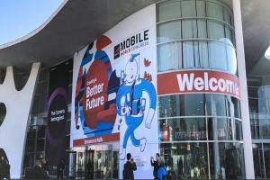 MWC 展 Android旗艦機皇亮相!5G、AI、VR 新技術掀浪潮