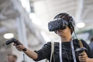 史蒂芬史匹柏「一級玩家」將上映 宏達電 VR 內容搶先推出