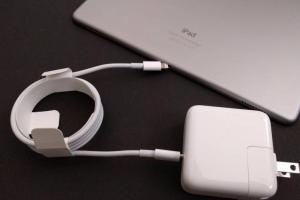 蘋果傳改版 iPhone 充電器!快充、USB Type-C 一次到位