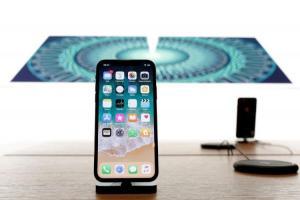 手機「滿意度」比拚! 調查:iPhone X 輸舊機、HTC 搶進前 5