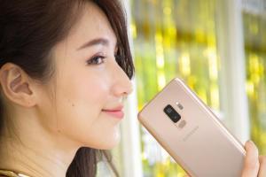 三星 S9+ 新色登場!「晨漾金」估 6 月中開賣