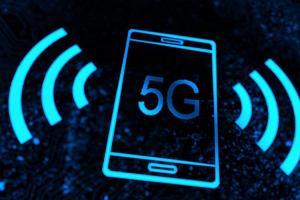 iPhone 支援 5G 暫無望?外媒:2020 年再說