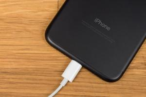 傳 2018 新 iPhone 支援18W快充功能!將有這項使用限制