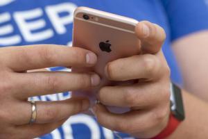安卓用戶跳槽改當果粉的人變多了?市調最新統計:iOS用戶全球成長最多的是...