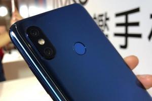 高通 S845、iPhone X 級相機!小米8新旗艦在台定價 1.4 萬