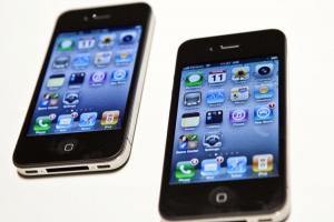 為什麼「高階手機」開始換用玻璃、金屬機反成為中低階特色?