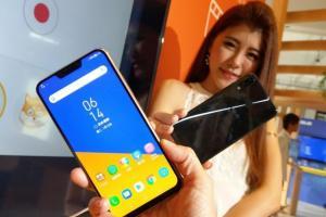 性價比再飆高!華碩推 8GB「頂規版」 ZenFone 5Z 旗艦新機、2 萬有找!