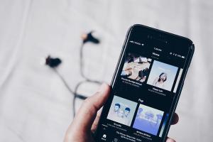 Spotify 免費版用戶注意!未來聽音樂不想再被廣告亂入侵,可以這麼做!