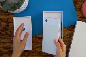 網傳 Google Pixel 3 實機開箱影片!自拍功能果然獲得改善