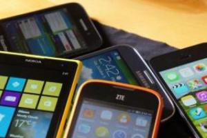 Android 旗艦機跑分最新排行榜!華碩這款手機首度搶進前三大