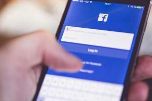 你每天花多少時間滑 FB 臉書、看IG?用這一招就知道