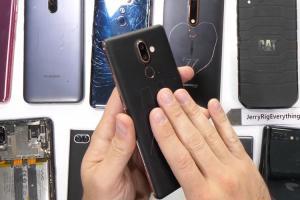 2018 年度哪一款手機最耐用、最易維修?日系品牌、Nokia 都上榜了!