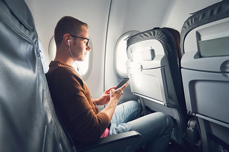 搭飛機也能聽音樂!美國航空開放免費收聽 Apple Music