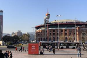 【MWC 現場】不愛 iPhone?走訪西班牙電信門市,這 10 款手機最夯!