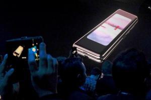 摺疊手機Galaxy Fold太貴?外媒:創新就是這個價、不賣大眾市場