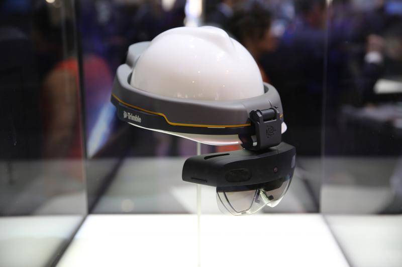 【MWC 現場】5G 助力 VR 不退燒!HTC、高通、微軟都出手