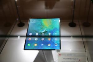 【MWC 現場】摺疊手機成 MWC 焦點!但 Android 系統會是「最大拖油瓶」?
