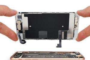 官方接納了?傳 iPhone 第三方電池將獲蘋果維修認證