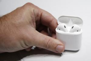AirPods用戶多半不在意「音質」!研調:蘋果無線耳機贏在這點
