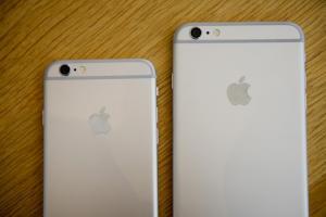 你手上還在用?曾打趴各大品牌的 iPhone 這款手機將停產退場