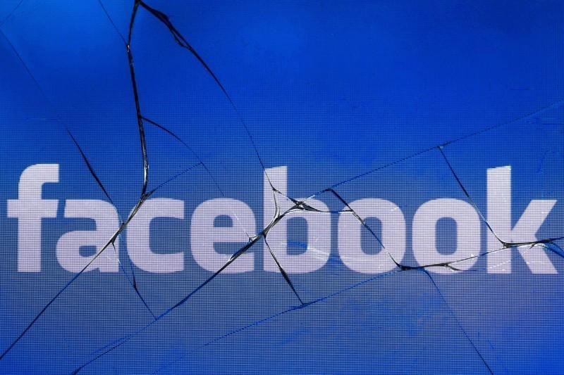異常回報破萬!逾3小時才陸續修復 臉書推特帳號被罵翻