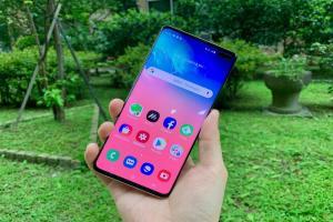 【開箱】挑戰今年最好的 Android 旗艦手機!三星 Galaxy S10+ 開箱體驗