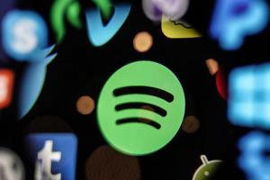 專攻開車族群?傳 Spotify 首款硬體產品有望登場