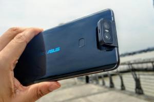 華碩新旗艦ZenFone 6 擠下三星 S10+!人像自拍實測獲評:史上最高分