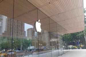 蘋果台灣 A13 旗艦店開幕!庫克慶祝推文超有「台味」