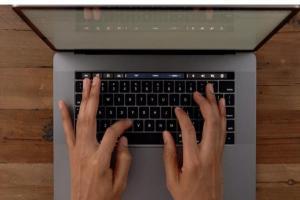 蝶式鍵盤要被蘋果捨棄了?分析師爆料Mac 筆電將採用前所未見的新型鍵盤
