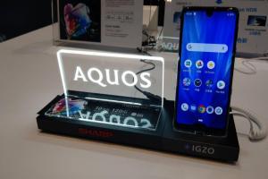 標榜電競級獨家螢幕!夏普新旗艦 AQUOS R3 挾4大功能登台