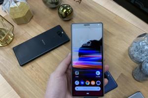 Sony、三星入選!外媒盤點 4 款最佳萬元 Android 手機