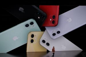 蘋果真的綠了!六色全新「平價版」 iPhone 11 本週五預購