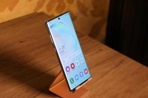 最強 Android 自拍手機排名出爐!三星旗艦 Note 10 竟僅排第四