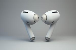 iOS 13 爆雷了!蘋果 AirPods 3 神秘新功能藏在這裡