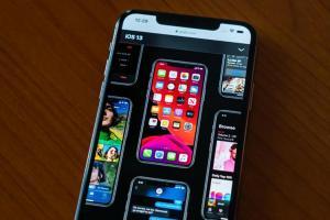 蘋果沒說的功能!一招自動切換 iPhone 黑暗模式