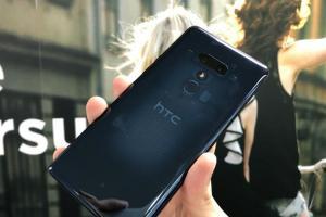 淡出 4G 手機的前夕?電商試水HTC「雙11」推高階機 1.2 萬有找
