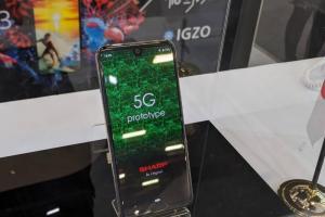 直擊夏普 5G 手機!僅 141g 超輕旗艦 AQUOS Zero 2 也同台登場