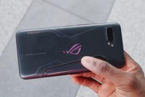 華碩 ROG Phone 2 成最大贏家!指標 YouTuber 公佈 2019 最佳手機獎
