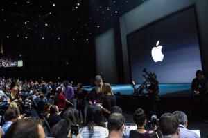 跟平價版 iPhone 新機同步發表?零售商曝光蘋果四款新品