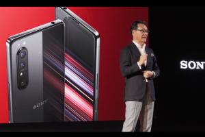 名稱大改、耳機孔也回歸!Sony 今年首款旗艦手機發表