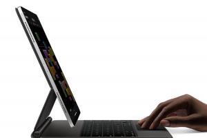 蘋果 iPad Pro 新鍵盤藏巧思!充電終於不受阻礙了