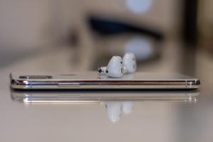 蘋果 4 款新 AirPods 耳機上市時間曝光!最快今年就有高階版
