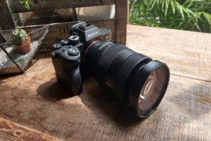 相機大戰開打!傳 Canon、Sony、Nikon 皆選 7 月發表新單眼