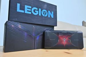 與 ROG 拚規格!開箱聯想 5G 旗艦電競手機 Legion Phone