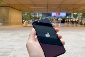 下一代 iPhone SE 大改版?爆料:剪劉海、外加 2 項全新設計